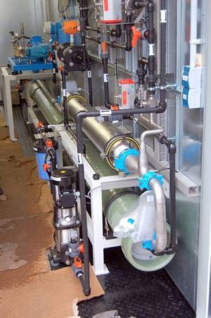 system_filtracji_wody_membranowej_zabudowy_stacji_uzdatniania_wody_w_kontenerach_osmoza_manofiltracja__ultrafiltracja-509cf19d