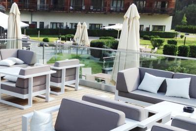 aluminiowe_meble_wypoczynkowe_do_ogrodu_hotelu_hotelowe_tarasu_zimowego_na_basen_hotelu_pokoju_wypoczynkowej_salonu_najlepsze_do_o-810181d8