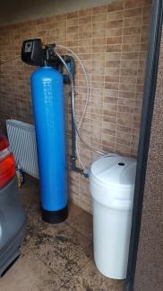 Stacja Zmiękczania Twardej Wody w Technologii Jonitowej dla Domu Jednorodzinnego